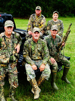 http://camo1.mossyoak.com/images/video-on-demand/turkeythugs-gallery1.jpg